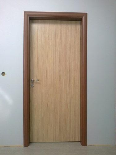 vrata-s-dvucvetni-kasi-i-krilo